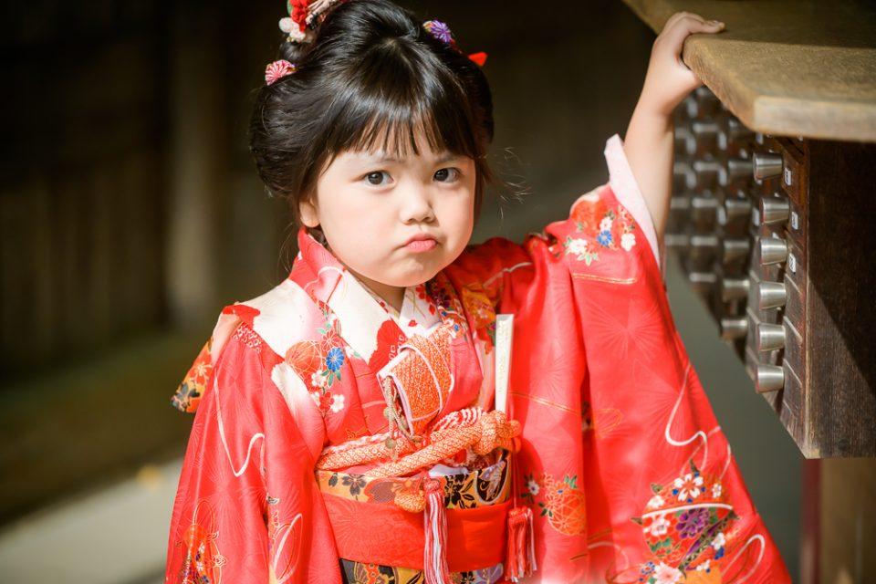 七五三3歳女の子吉備津神社参拝